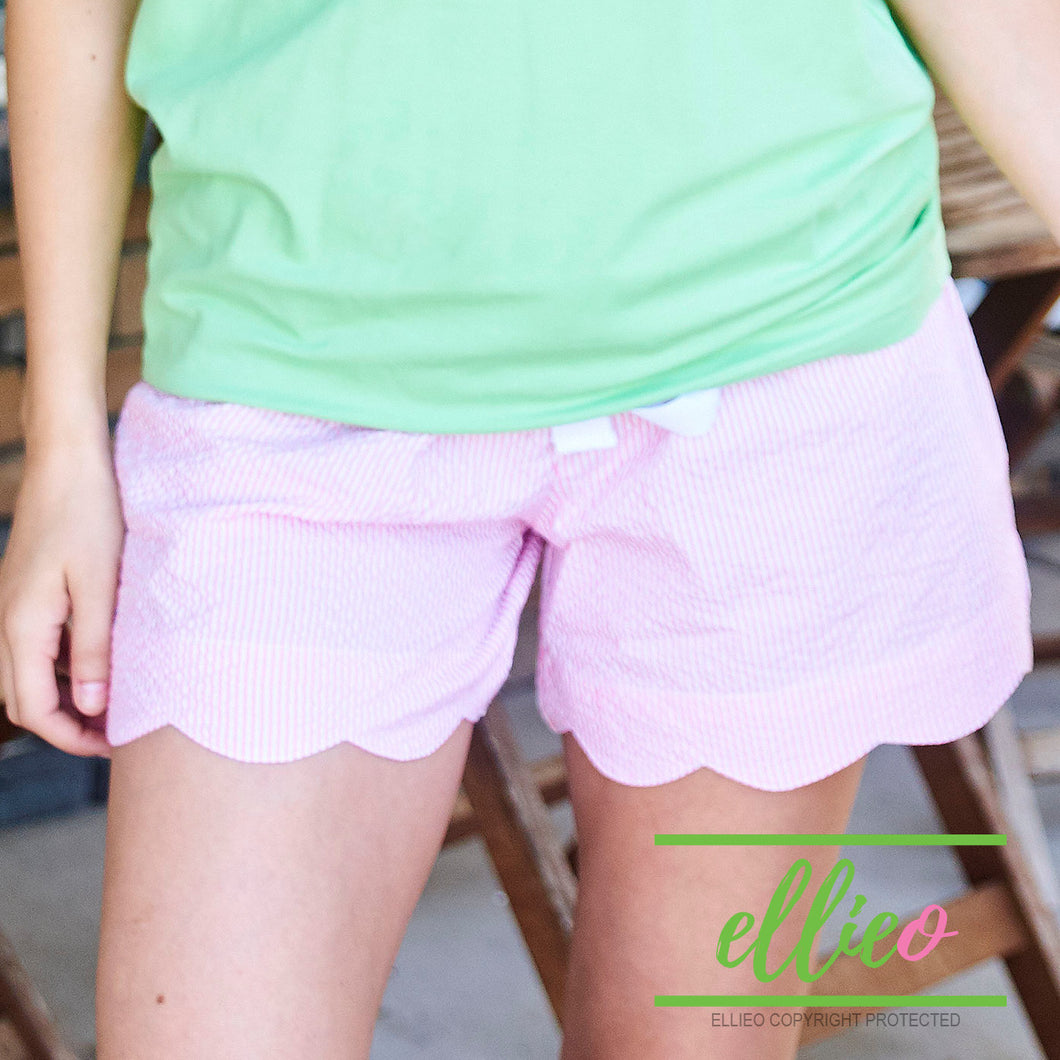 Seersucker pink scallop shorts