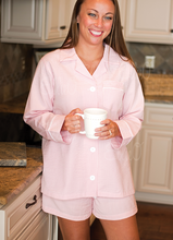 Load image into Gallery viewer, Women's Pink Seersucker lounge shorts set