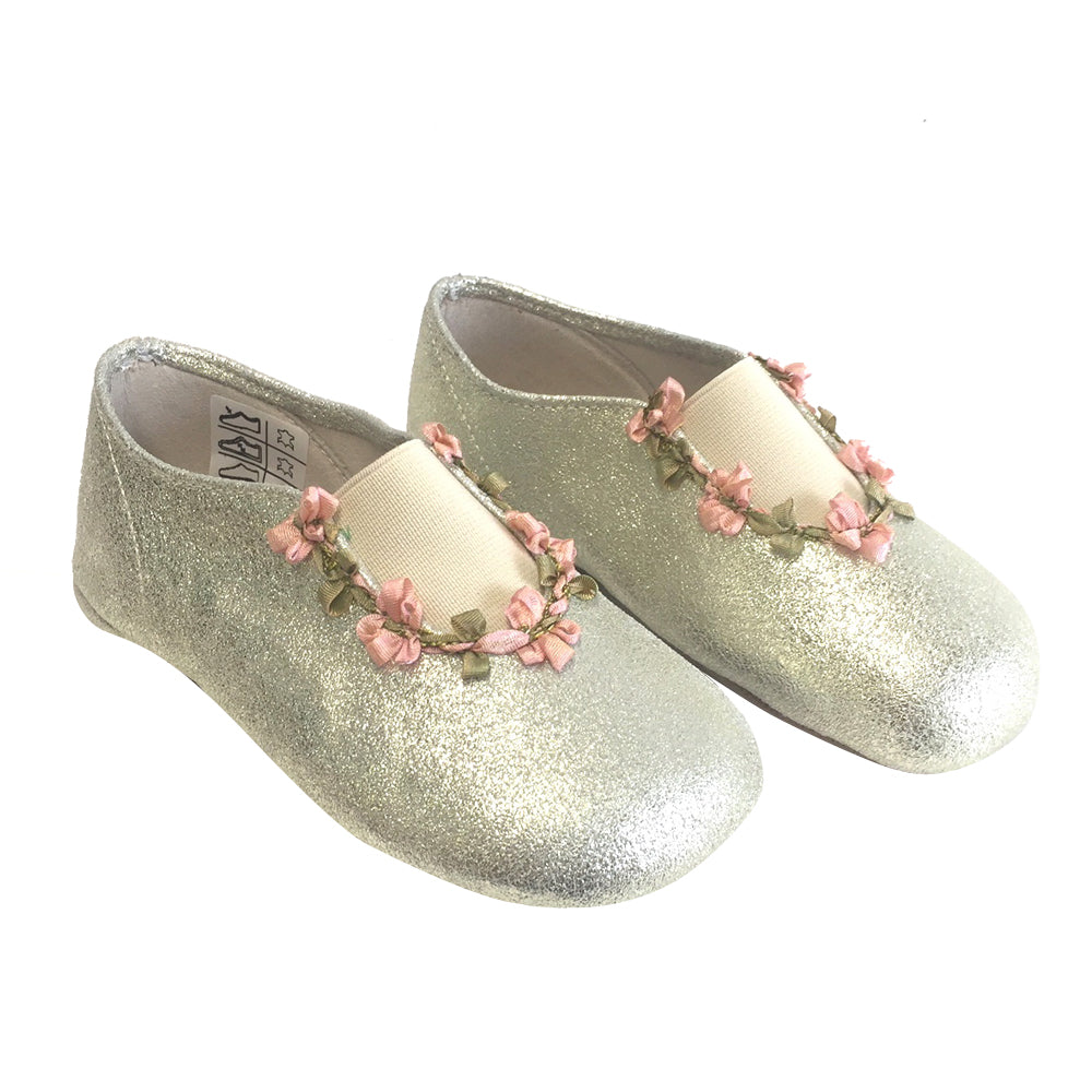 Flower Trim Slippers