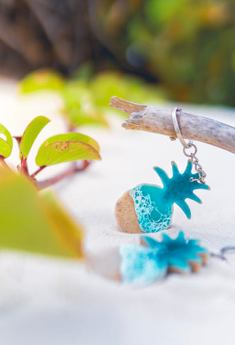 Pineapple Seascape Keychain