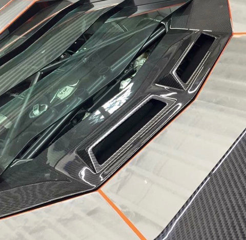 Lamborghini LP700 carbon fiber  bonnet vents.