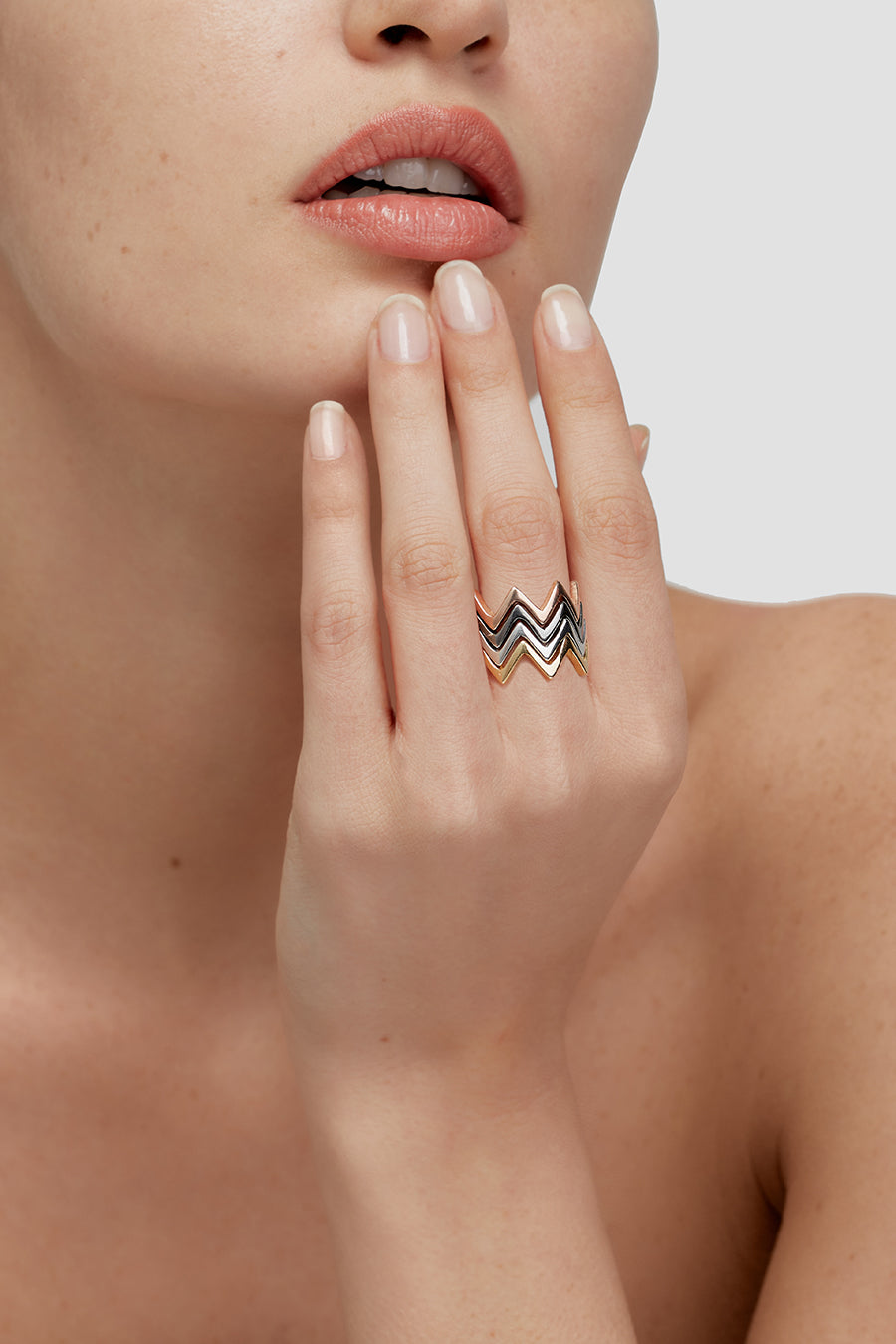 Ring Crown Basic Black