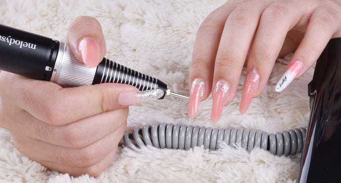 How to Remove Acrylic Nails At Home with Acetone