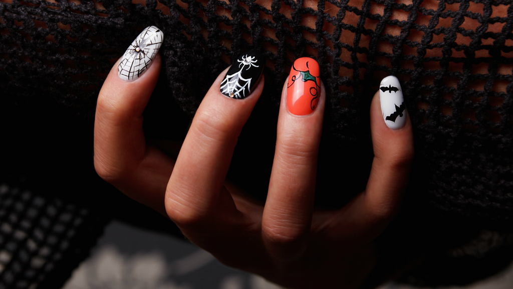 How To DIY My Halloween Gel Nails