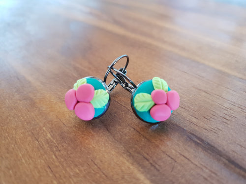 Christmas Mistletoe Cabachon Drop Earrings - Shazz Art