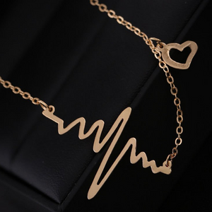 heartbeat_pendant_necklace 4