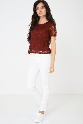 Fully Lined Lace Top in Burgundy