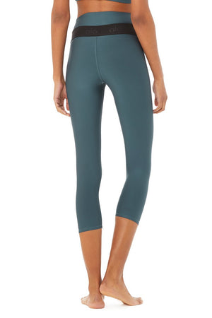 HIGH-WAIST FITNESS CAPRI