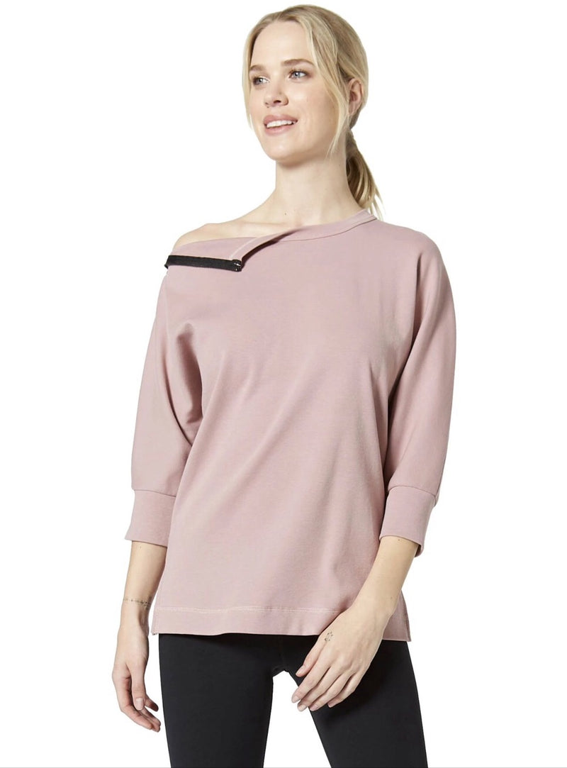 Boundary Zip Shoulder Top