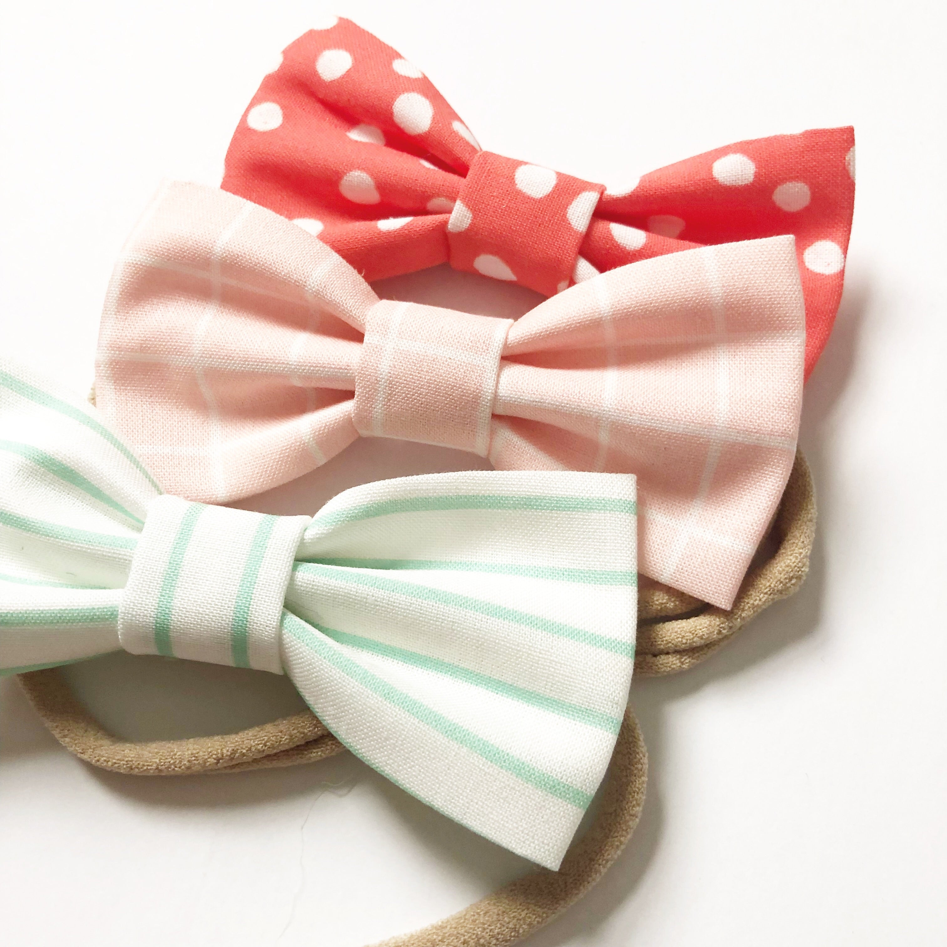 """Pretty in Pink"" Bow Set"