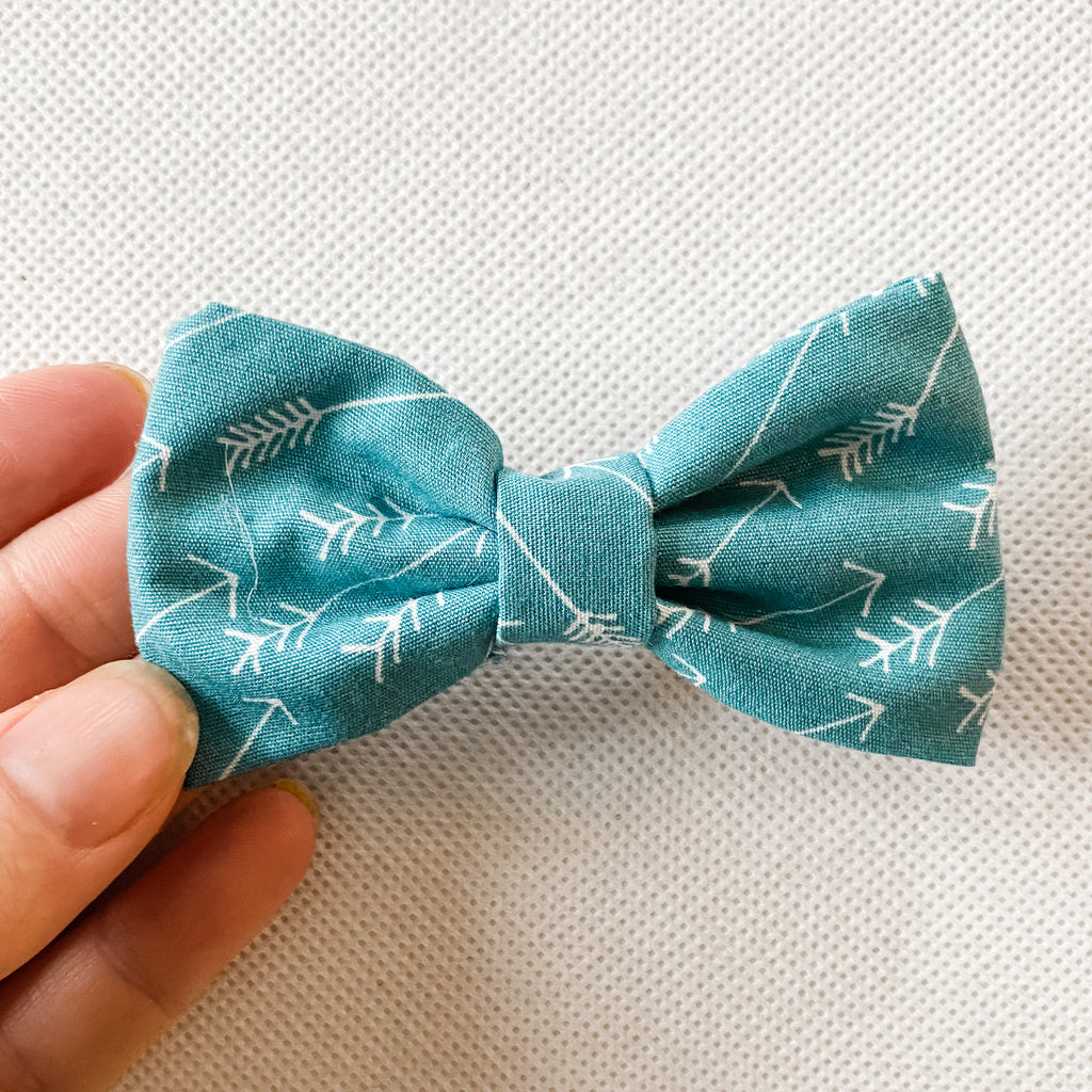 Teal Arrow Cotton Classic Bow