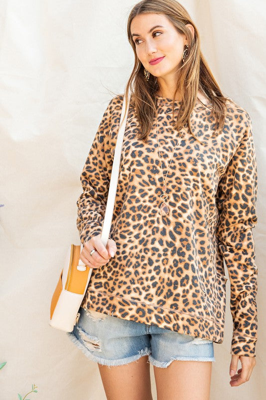 Leopard Crew Neck Pullover Camel