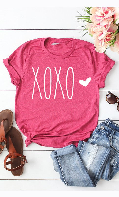 XOXO White Ink Heart Graphic Tee Berry