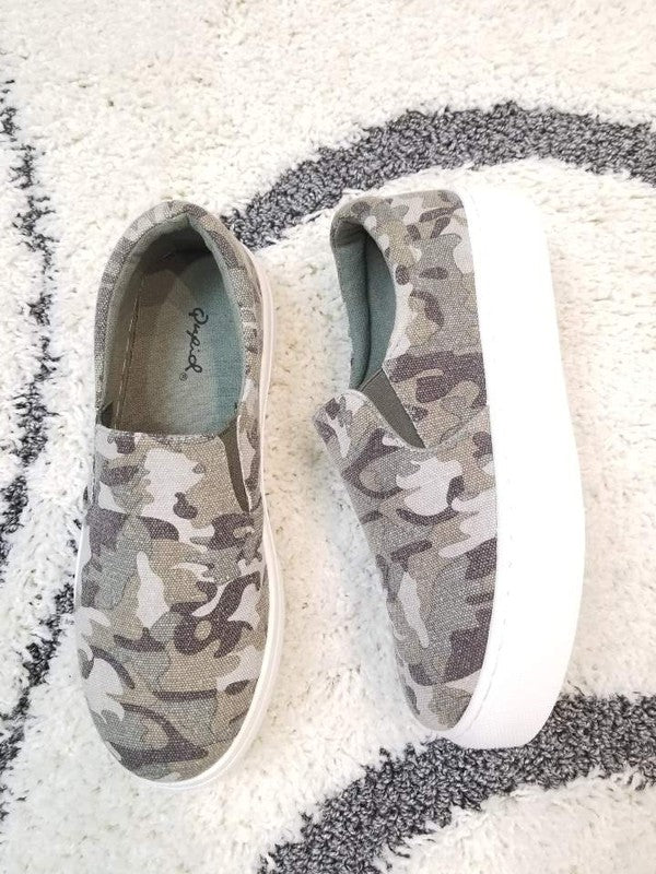 Platform Slip On Sneakers Khaki/Camo