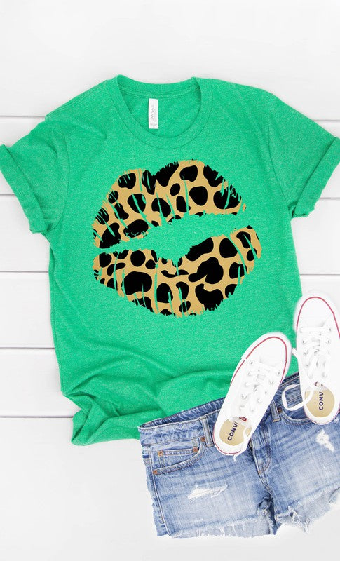 Leopard Lips Graphic Tee Kelly Green