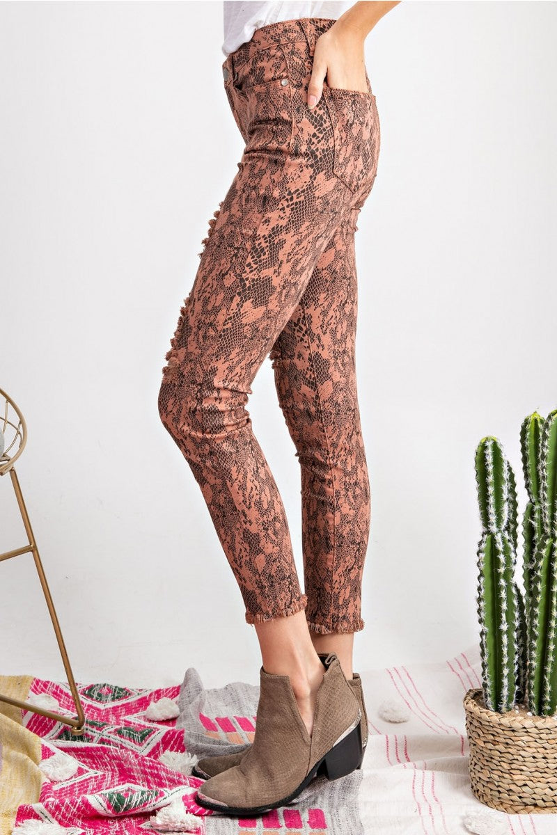 Snake Skin Stretch Twill Pants Dried Rose - Athens Georgia Women's Fashion Boutique