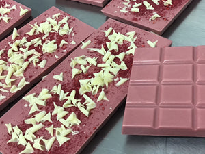 Handmade Ruby Chocolate and Raspberry Bar 100g