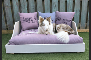 ON T'SHOOT LUXURY HANDMADE WOODEN DOG BED & CUSHION SET
