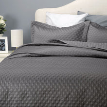 Diamond Quilt Bedspread Set