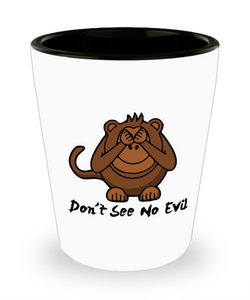 Three Wise Monkeys Don't See No Evil SG