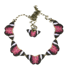 NK1422 Fuchsia Butterfly Necklace