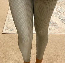 Load image into Gallery viewer, Scrunch Butt Leggings - Grey