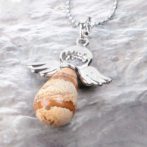 angel-wings-protection-pendant-cosmic-curations