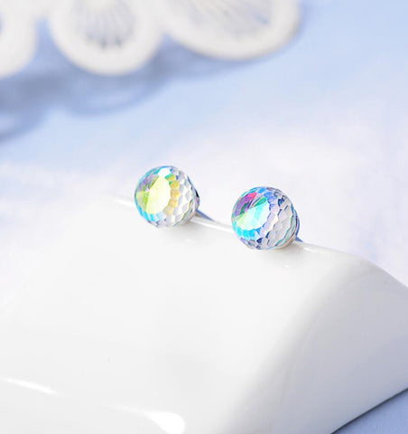 cosmic-curations-aurora-color-crystal-stud