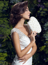 Load image into Gallery viewer, Women's Imitation Pearl Evening Bag Satin Ivory