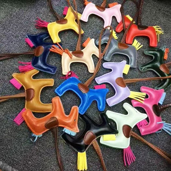 New Creative Cute Leather Horse Bag Pendant Car Key Ring Kwaii Animal Keychain Fashion Accessories lavender