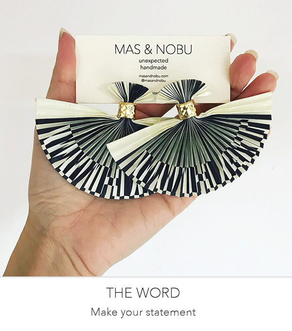 MAS & NOBU Lenticular illusion earring THE WORD