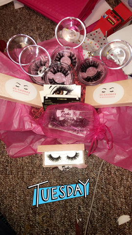 Box Of Lashes (12 Pairs)