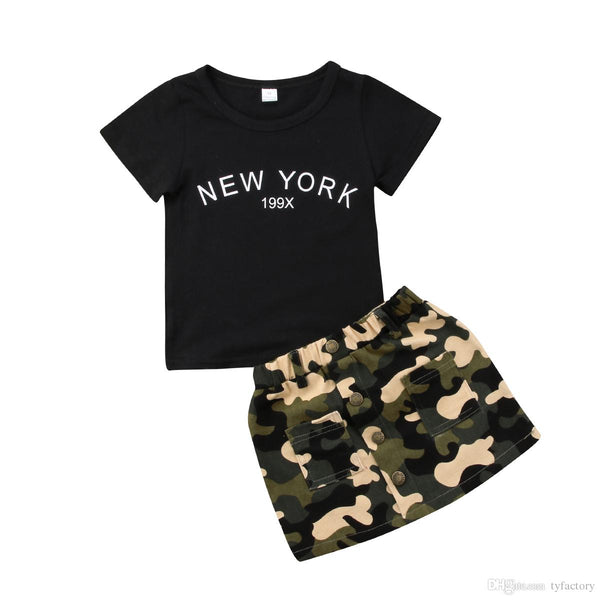 "Famous ""New York"" Tee and Camo Skirt Set"
