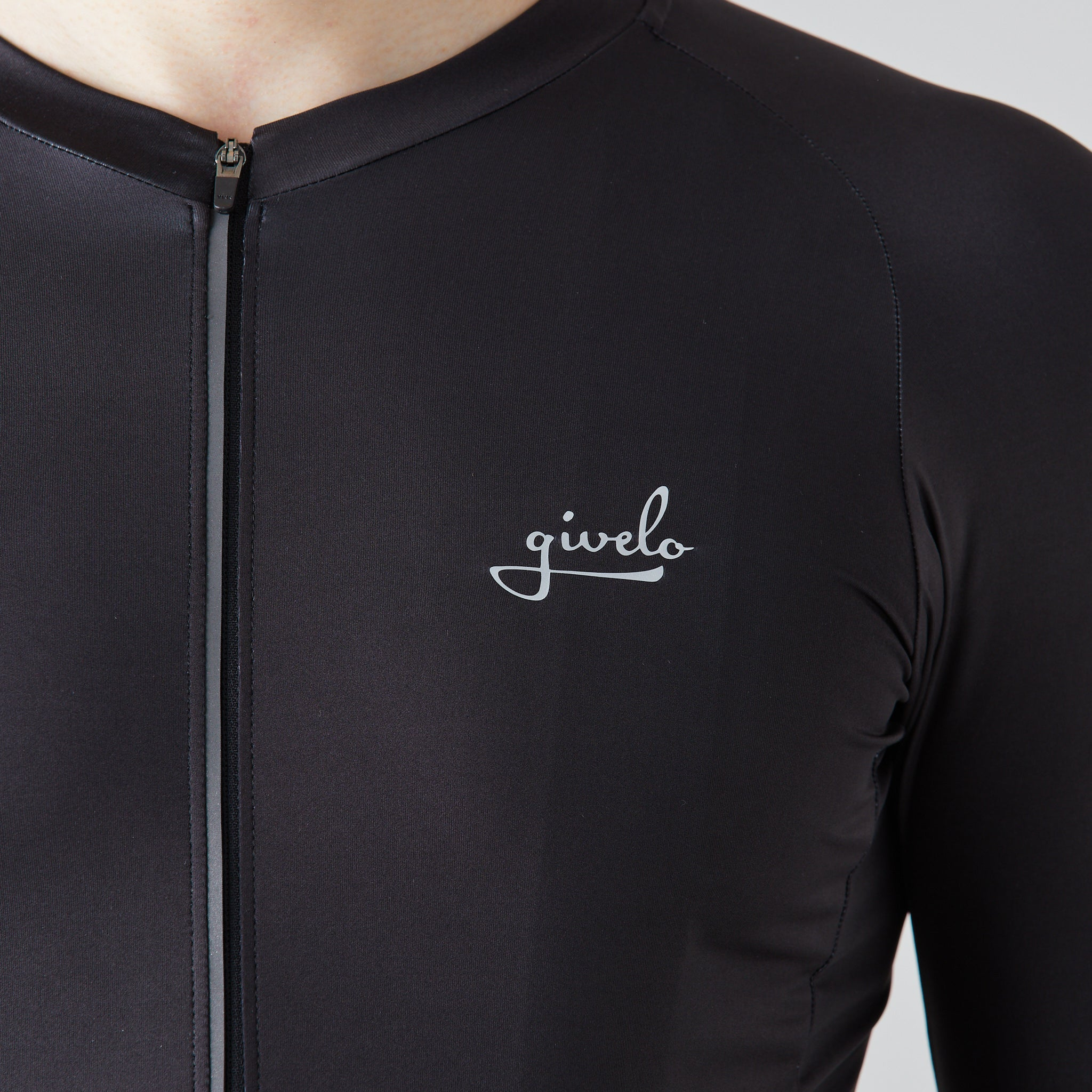 Givelo | Essential Jersey - Black