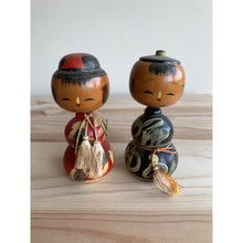 Load image into Gallery viewer, Hyotan Kokeshi Dolls