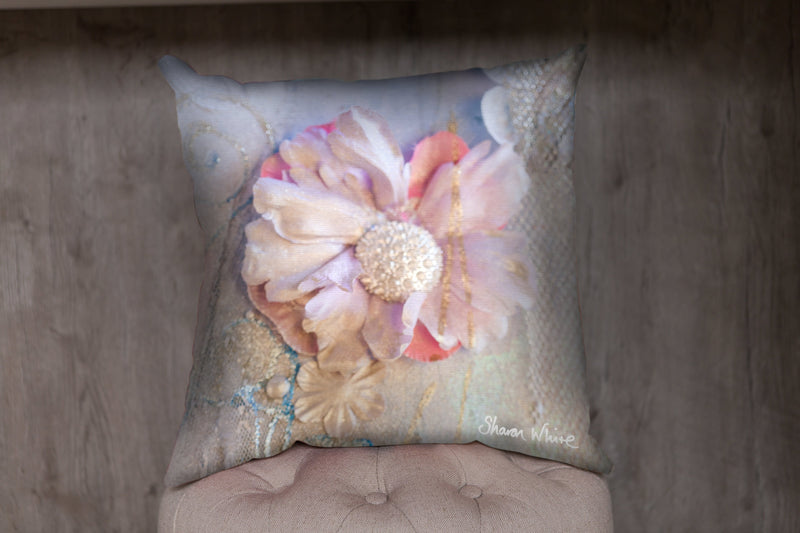 Bed Runner & Cushion Collection Lightness of Being Delicate Love