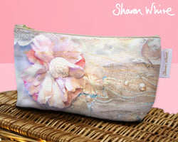 Sharon White Art Wash Bags Lightness Delicate Love make up bag small