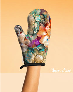 Sharon White Art Oven Glove Renewal Collection Cluster