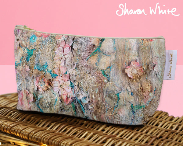 Sharon White Art Wash Bags Lightness Full Lightness make up