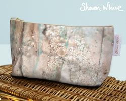 Sharon White Art Wash Bags Trust Solo large cosmetic bag