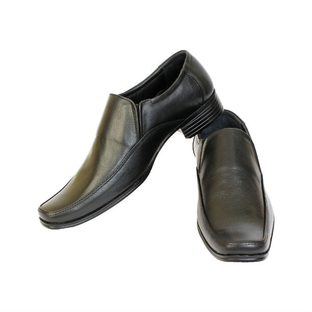 Professionally Handcrafted in Genuine Leather Black Slip-on Shoe for Men KRKA-S-065