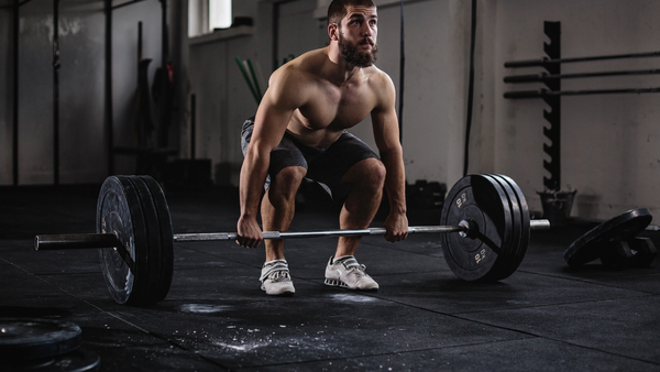 Deadlift With Proper Form: Ultimate Guide to Deadlifting ...