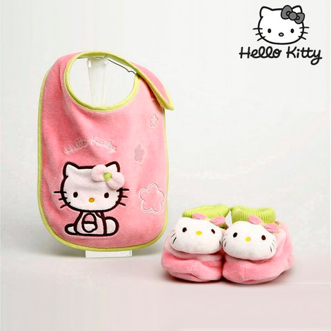 Set Babero y Botitas Hello Kitty 9425