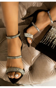 """Queeni"" Pointed Toe Bling Sandals"