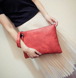 Large Enveloope Clutch w/ Hand Strap