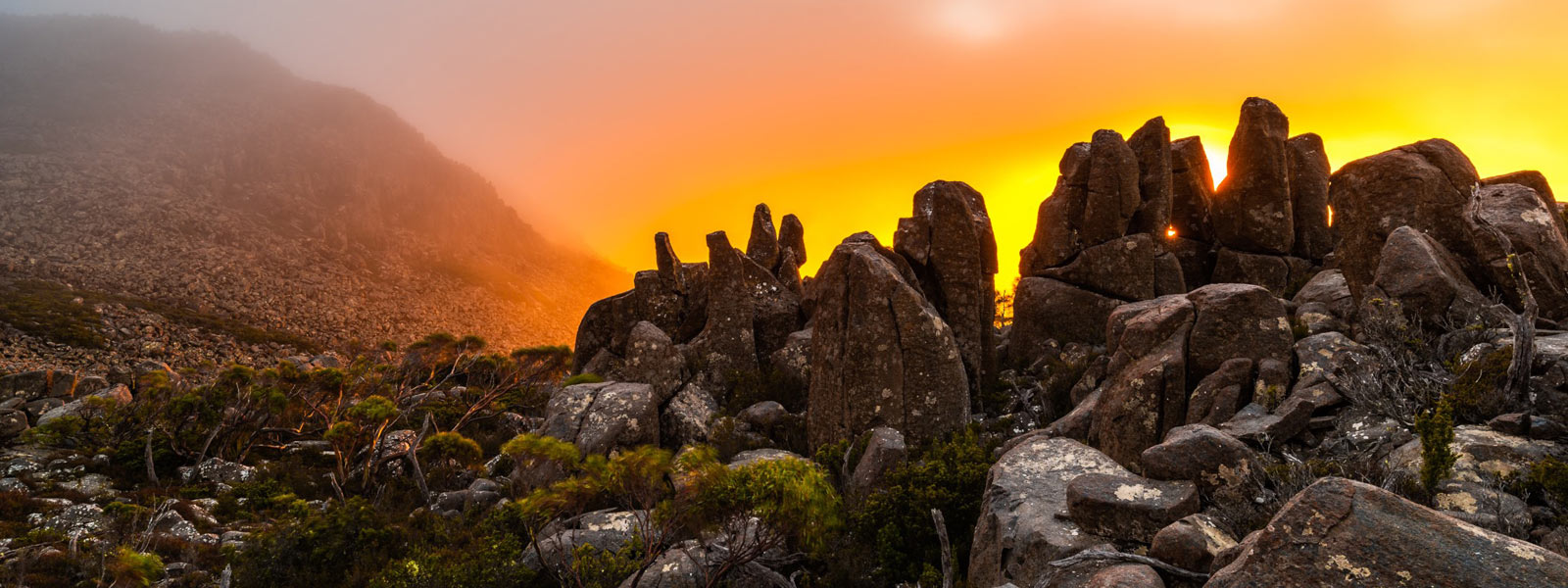 Mount Wellington at sunrise by Geoff Murray