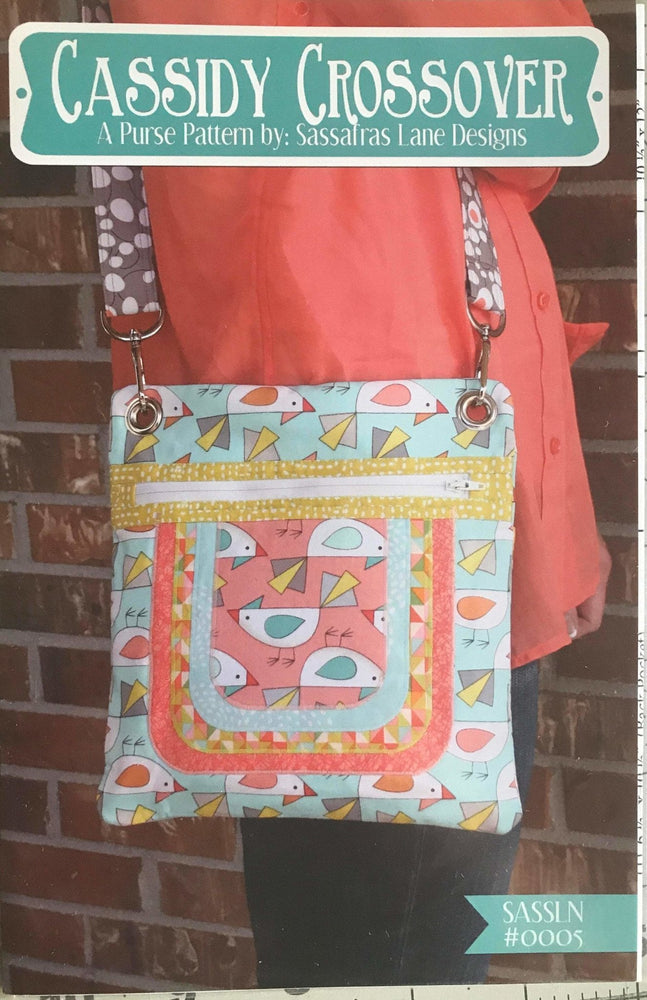 Cassidy Crossover - A Purse pattern by Sassafras Lane Designs - RebsFabStash