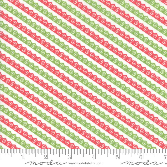 "NEW! Holliberry - Fat Eighth Bundle - (38) 9"" x 22"" Pieces - by Corey Yoder for MODA - holiday, christmas, red, green, white - RebsFabStash"