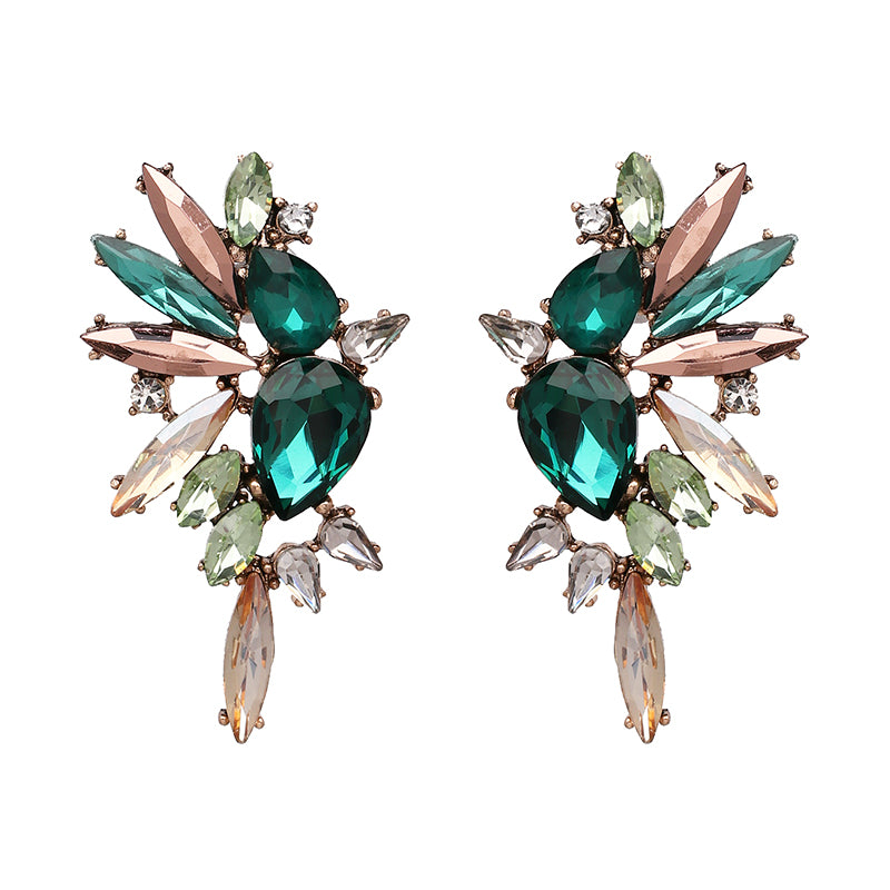 Saari Stud Earrings