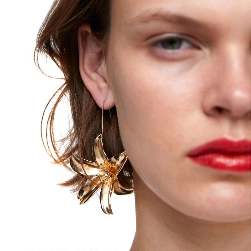 Blanche Drop Earrings